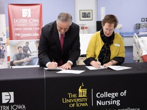 Nursing Agreement signing press conference