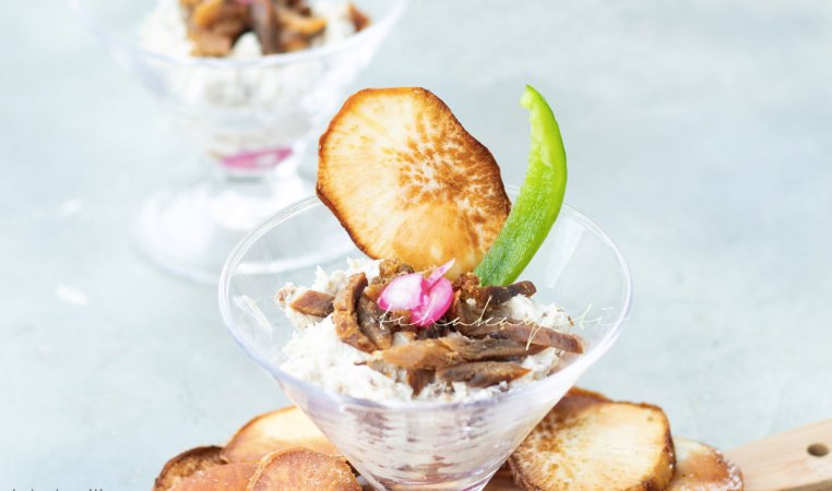Our Haitian aransò salted smoked herring mousse makes the perfect spread for your favorite crackers or chips. | tchakayiti.com