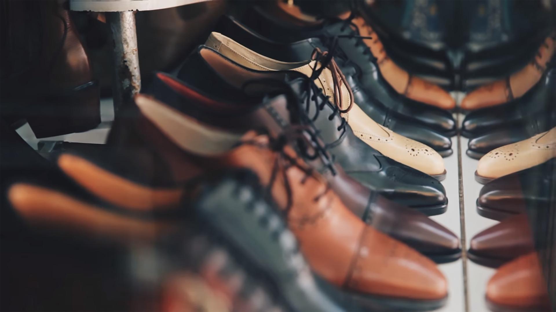 Chaussures en cuir TCHEYA