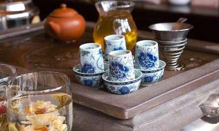 Is the tea ceremony romantic?