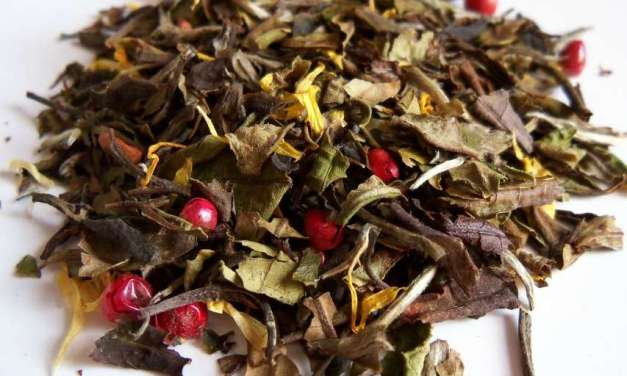 Tea Basics: Why You Should Drink Loose Leaf Tea