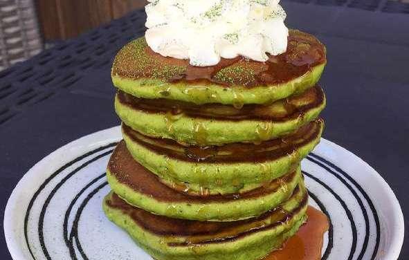 Lazy Sunday Matcha Pancakes