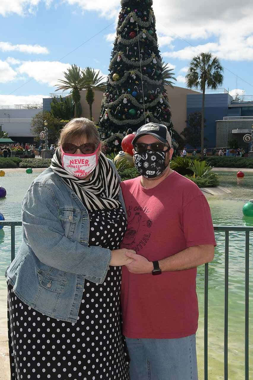 A Love Story of Tea and Business - Photo of the Hackmans in masks