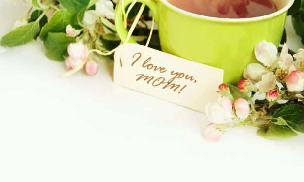 Mother's Day Tea: Tips to Celebrate With the Women in Your Family