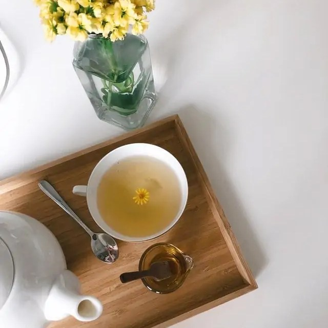5 Detox Teas You Can Make Using Regular Herbs