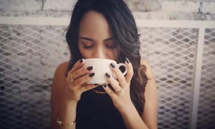 Avoiding Tea Stains On Your Teeth