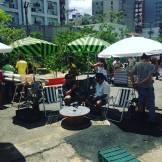 """As Praças Impossíveis do Coletivo BijaRi na rua em frente à Choque formaram o espaço da mesa aberta de debates sobre """"a cidade que queremos"""""""