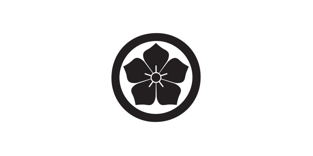 arata-designs-family-crest