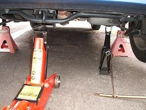 車 エンジンオイル 交換 方法 時期、1