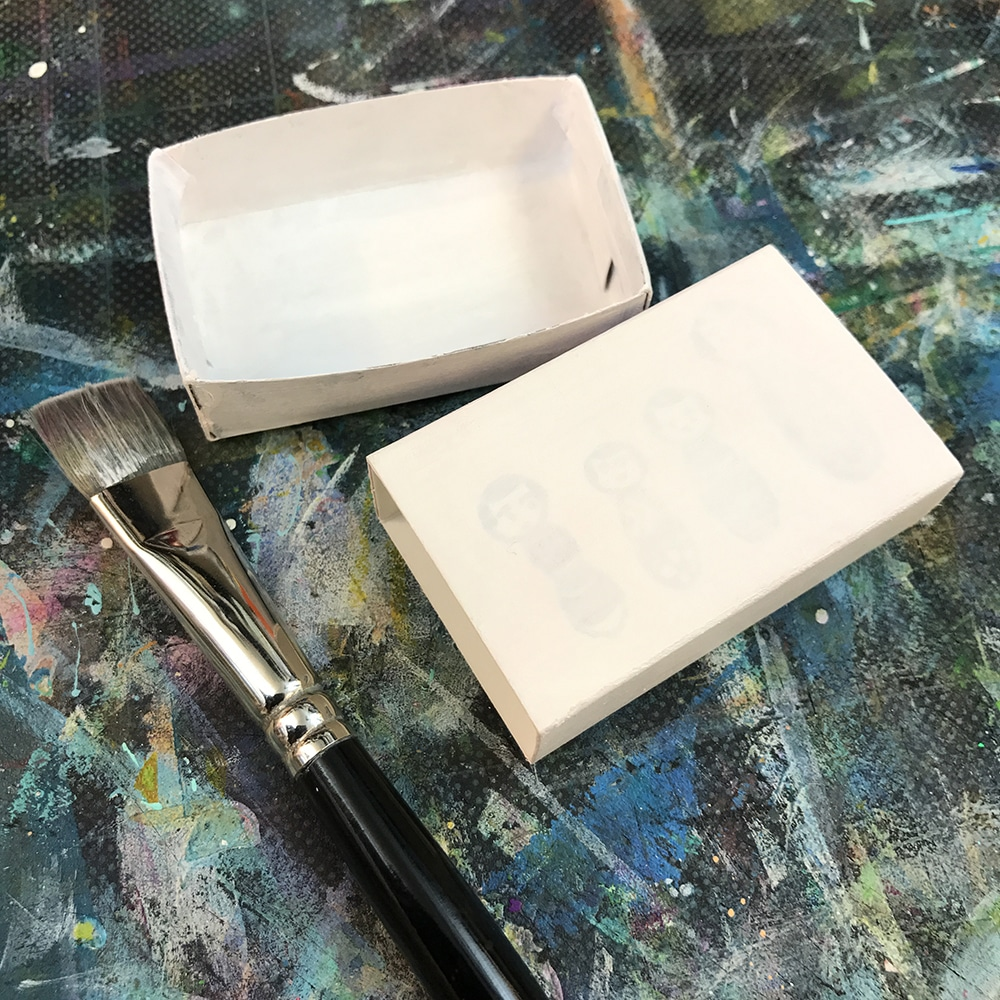 TCW White Gesso gives me a great white base and helps to make my box a bit stronger.