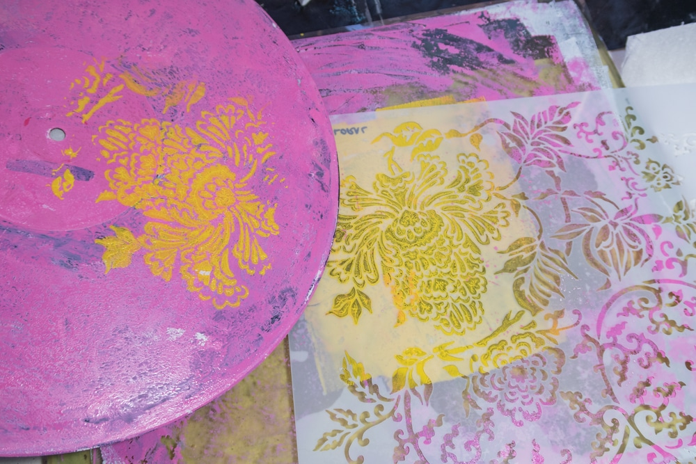 Applying paint layers and stencilling using Gel Press plate