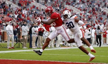 Jahleel Billingsley scores a touchdown versus Auburn
