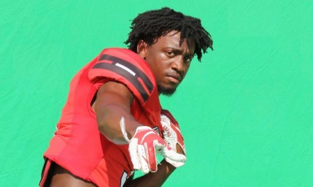 Omari Kelly poses for picture doing Hewitt-Trussville Photo Shoot