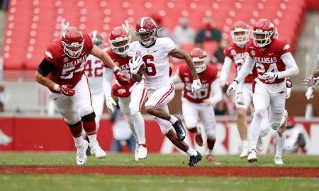 DeVonta Smith runs back a punt against Arkansas