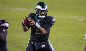 Jalen Hurts takes snap for Eagles versus Saints