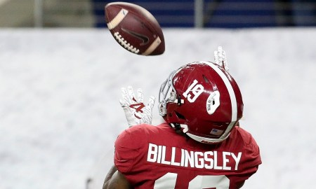 Alabama Te Jahleel Billingsley catches a touchdown against Notre Dame in Rose Bowl