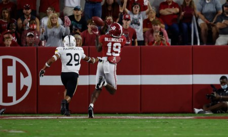 Jahleel Billingsley (#19) catches TD pass for Alabama versus Southern Miss.
