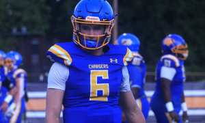 Alabama QB commit Ty Simpson warms up ahead of Westview game