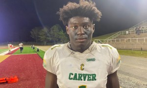 Qua Russaw poses for picture after Alabama visit