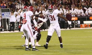 Will Anderson celebrates a play against Mississippi State