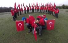 Uludağ Dağcılık Kulübü, 94. yılında Cumhuriyetimiz için 30 Kişi,35 km. dere tepe aştı.