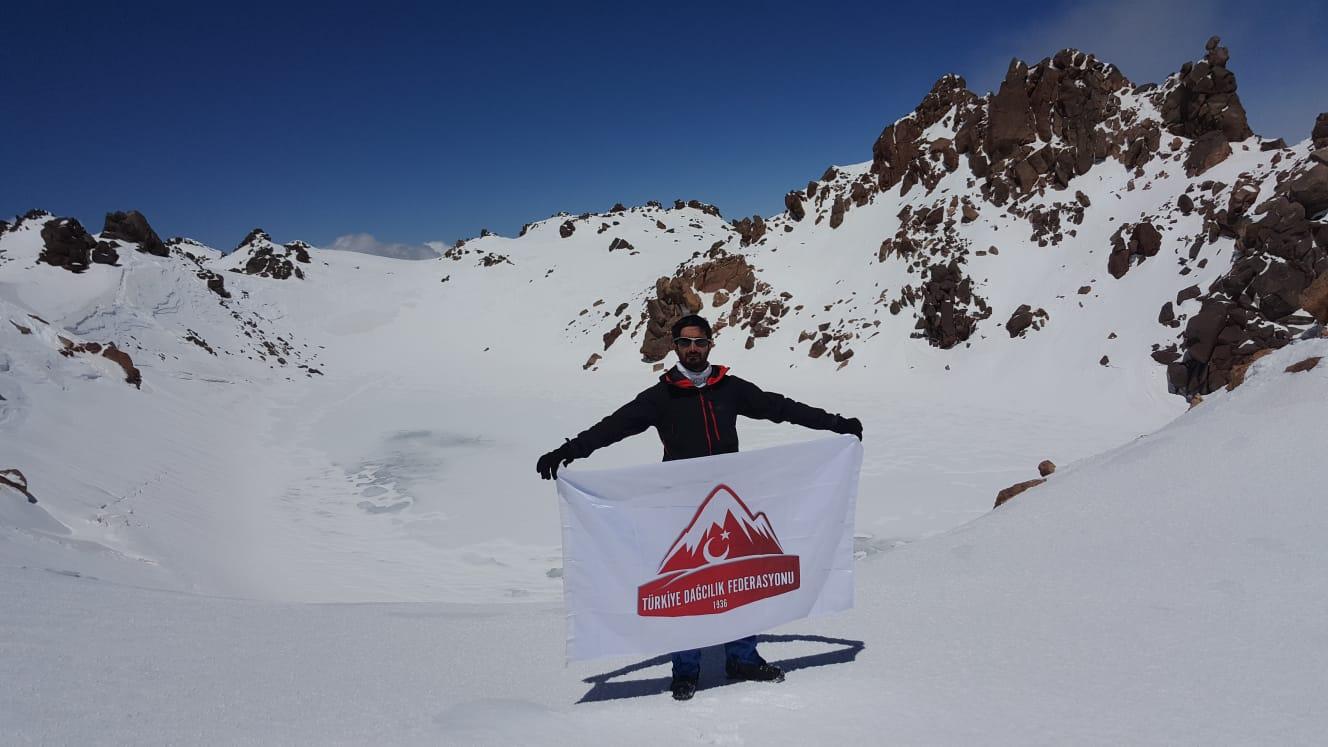Van Patika Doğa Sporları Kulübü, Savalan Dağı Zirve Tırmanışını gerçekleştirdi.