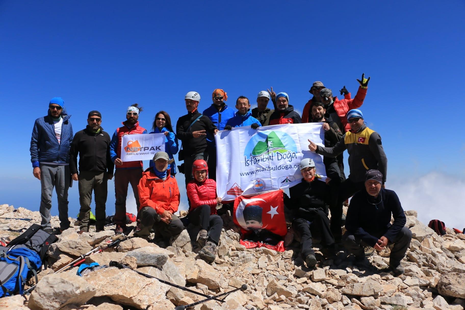 İstanbul Doğa Sporları Kulübü Süphan ve Van Dağları tırmanışlarını gerçekleştirdi.