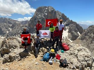 Ankara Dağcılar Birliği Küçük Demirkazık tırmanışı gerçekleştirdi.