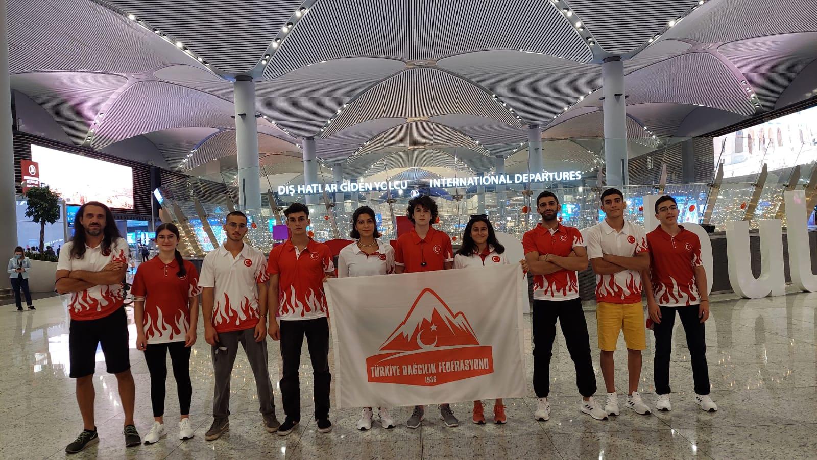 Dünya Gençler Spor Tırmanış Şampiyonasına Sporcularımız Katılmak İçin Rusya'ya Hareket Etti