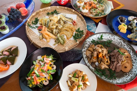 Traditional japanese food list 4k pictures 4k pictures full hq japan japanese travel sightseeing and movie eating a traditional chicken hot pot at hanamidori mosaic sushi roll recipe japanese food recipe youtube forumfinder Choice Image