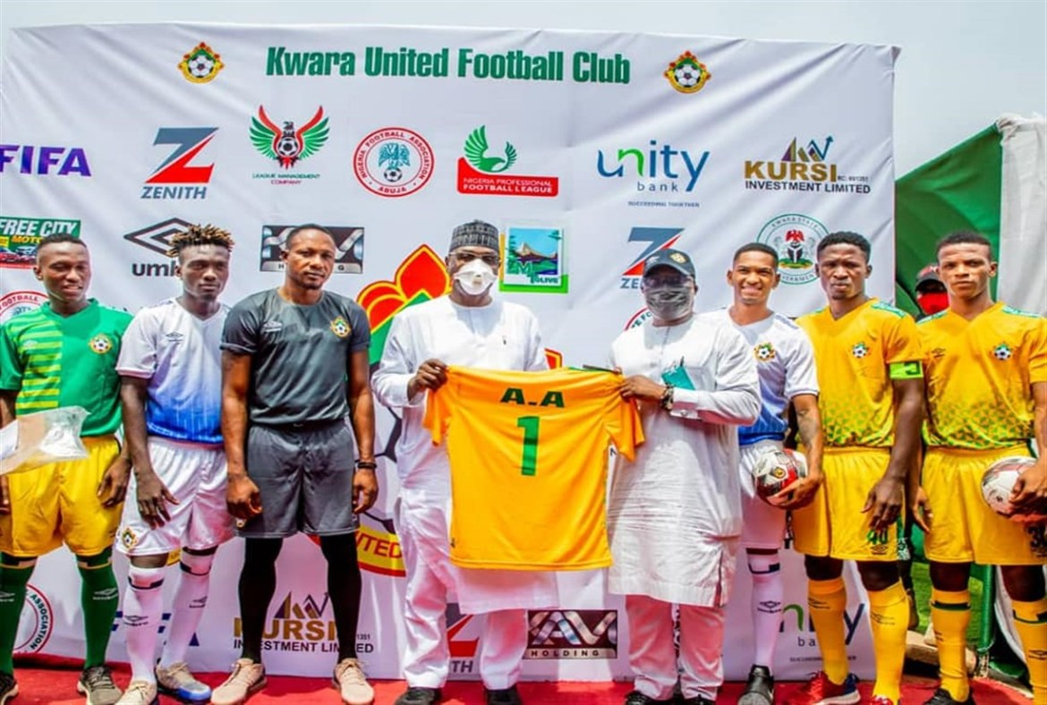 Abdulrazaq Unveils New Jerseys For Kwara United