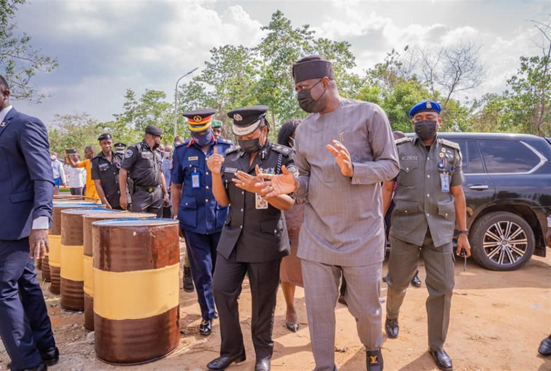 Makinde Inspects Security Base At Oyo/Ogun Border