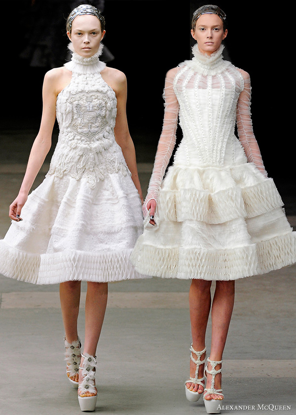 alexander-mcqueen-fall-2011-collection