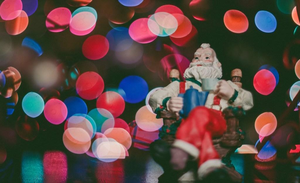 santa_relax