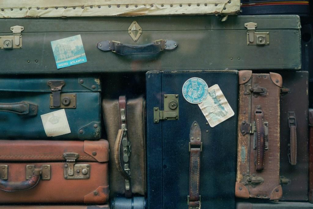 Travel planning blog post - Luggage stack