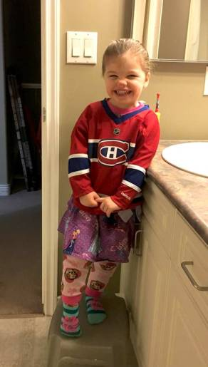 hockey jersey, kid, kid hockey, hockey fan, little girl, hockey girl, NHL