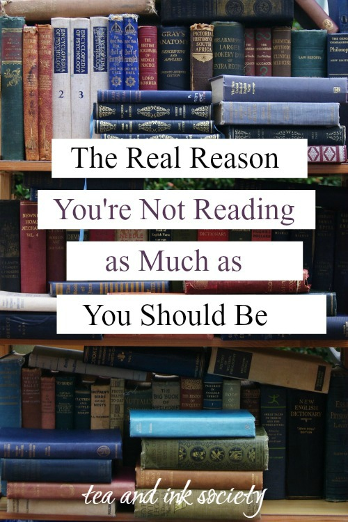 This is the real reason people don't read books as much as they should, plus 5 ways to read more as an adult. #reading #LiteraryWoman