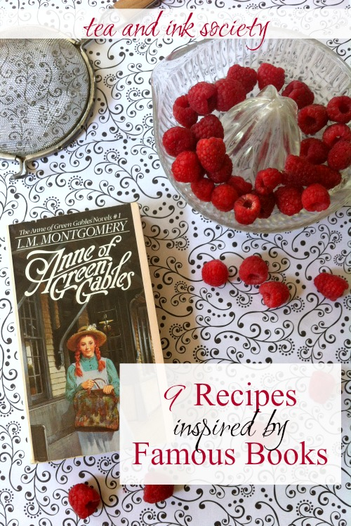 Check out 9 foods from novels that you can make at home! These literary recipes will remind you of your favorite food scenes from books! Try eating them while you read the book. #FoodinLiterature