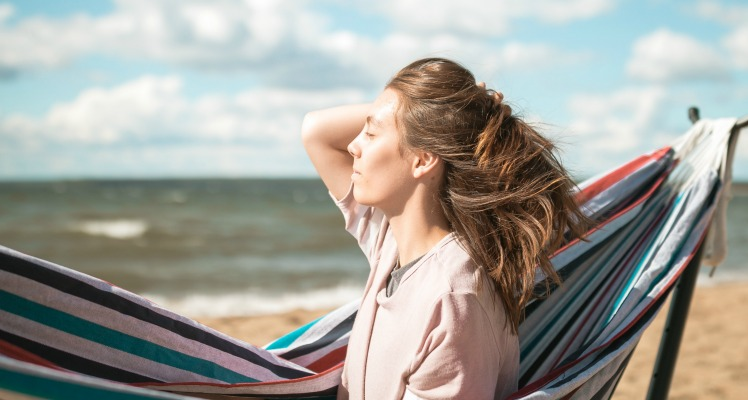 These books with beach and ocean settings are perfect for your vacation reading list.