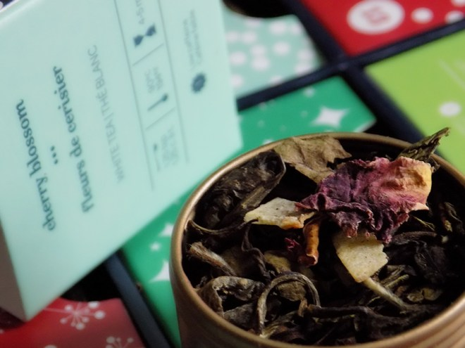 DavidsTea 24 days of tea advent calendar day 8 cherry blossom