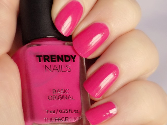 THEFACESHOP Trendy Nails PK03 Swatches