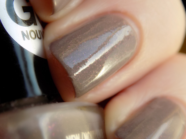Mariposa Gel Purple Shimmer Leaning Brown Nail Polish Dollarama Canada