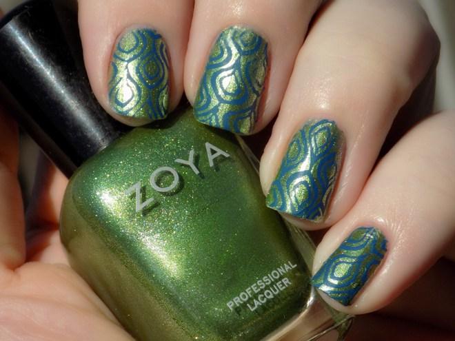 #31DC2016 Day 4 - Green nailart using Zoya Meg and Mundo de Unas Joy
