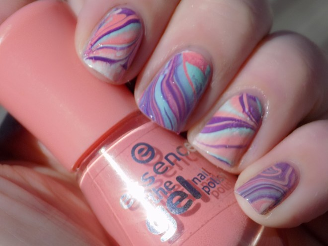 31DC2016 Day 20 - watermarble swatch