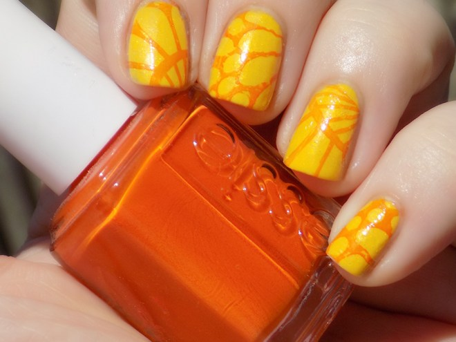 Citrus Nails Avon Limoncello Essie Roarrange for Days 2 & 3 of #31DC2016