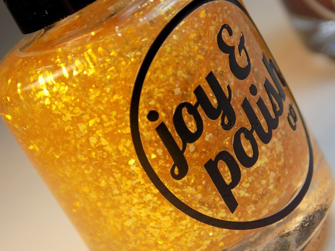 Joy and Polish Goldschlacquer Bottle
