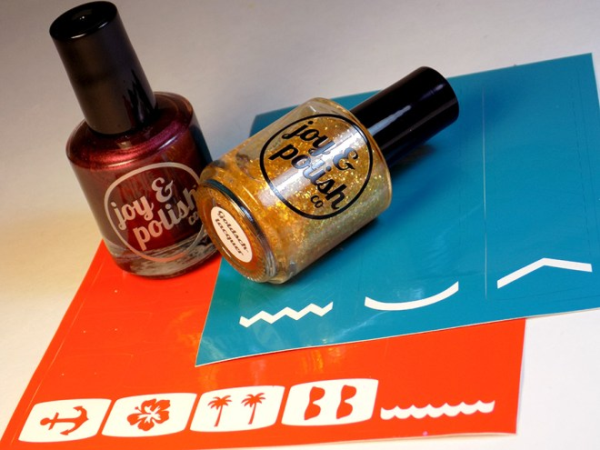 Joy and Polish - Spiced Plum - Goldschlacquer - Vinyls
