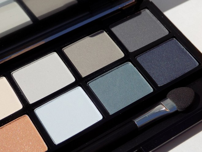 Quo Fall Collection Clean Sweep Eyeshadow Palette - Greys Blues