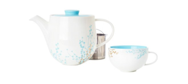 DavidsTea Winter Collection - Winter Berries Simplicity Teapot set