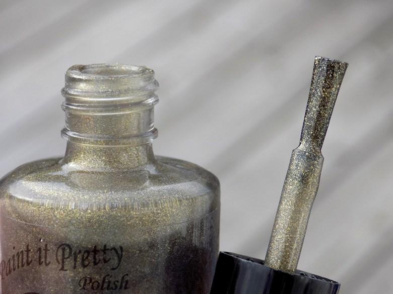 Paint It Pretty Izzy Custom Thermal Polish Bottle Brush Size
